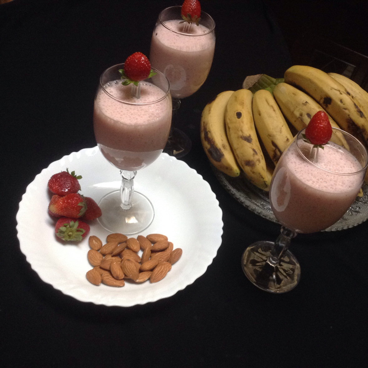 Fruits and Almond Milkshake