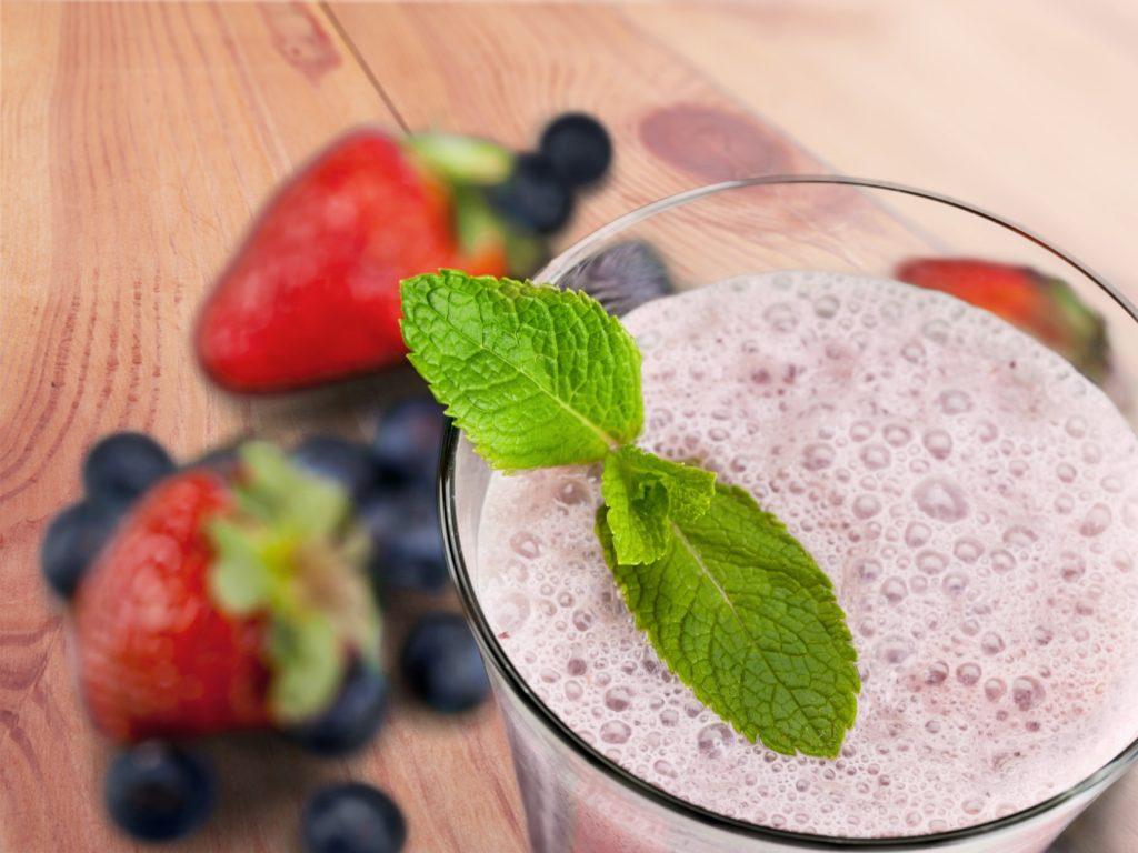 Smoothie, Blueberry, Yogurt.